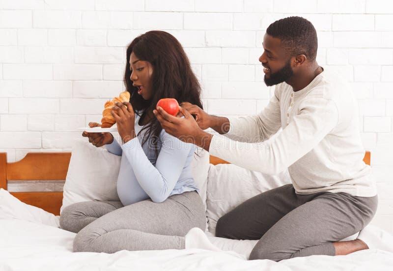 Frauen schwarze essen die Männer, Schwarze Sexismus im