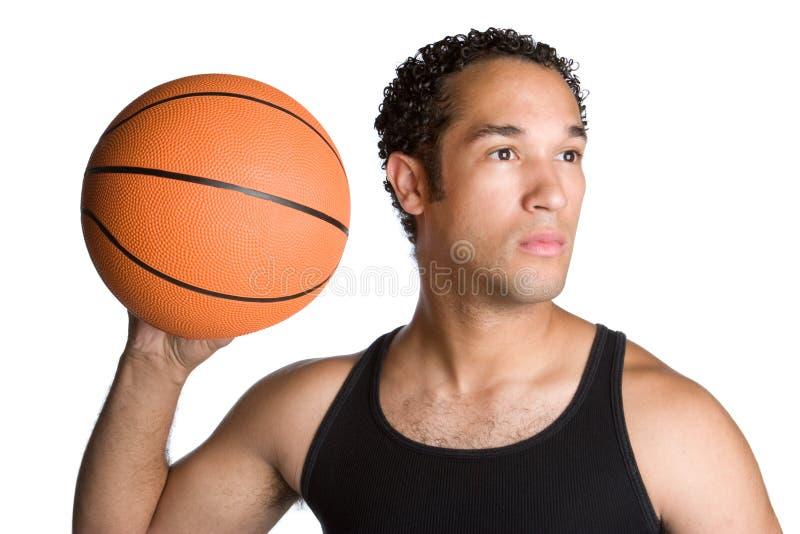 Mann-Holding-Basketball lizenzfreies stockfoto
