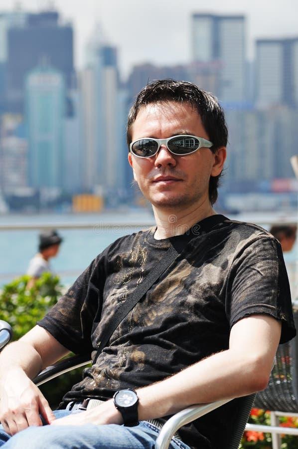 Download Mann in Hong Kong. stockbild. Bild von glücklich, leute - 26371703