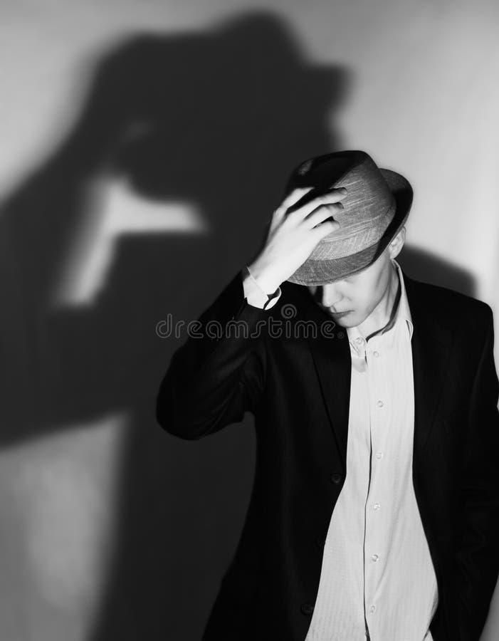 Mann im Hut stockfotografie