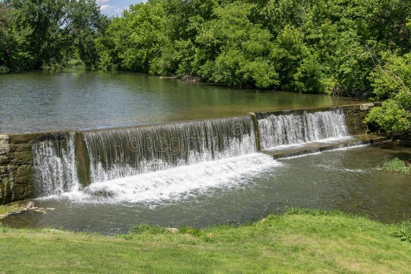Mann machte Wasserfall stockfoto