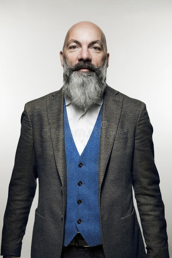 Mann mit Bart stockbilder