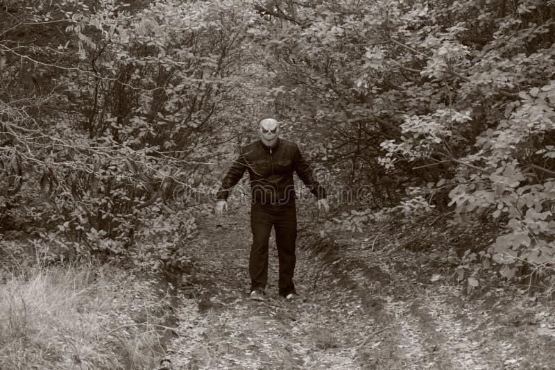 Mann mit einem Kürbis auf seinem Kopf Halloween-Legende stockbild