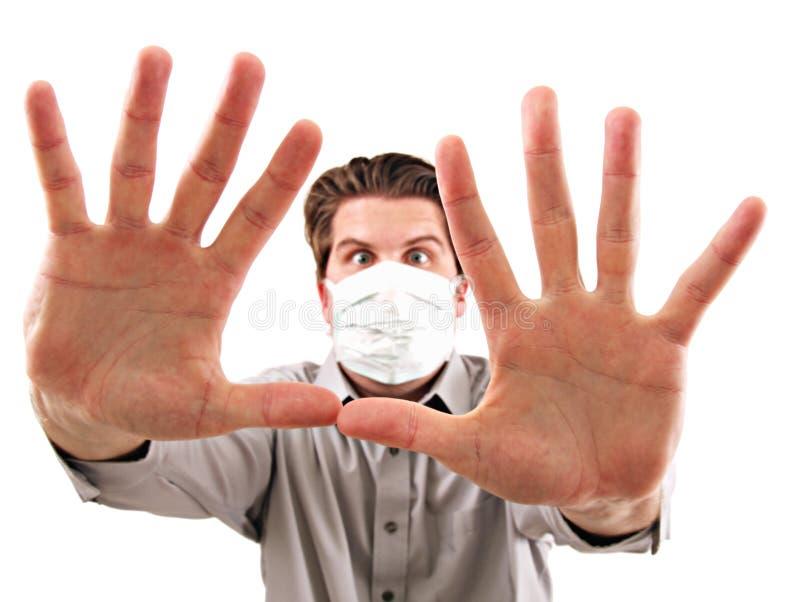 Mann mit medizinischer Maske lizenzfreie stockfotos
