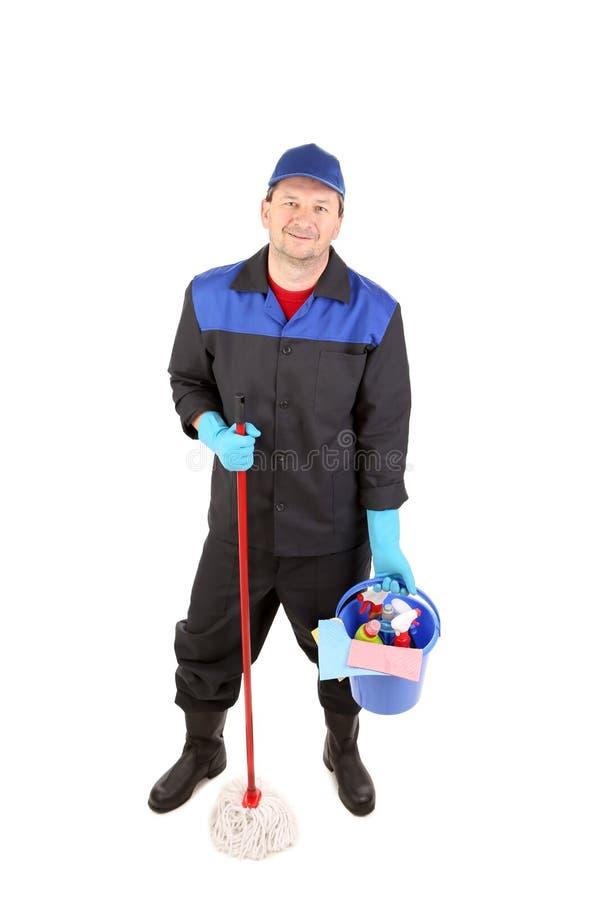 Mann mit Mopp und Putzzeug. lizenzfreies stockfoto