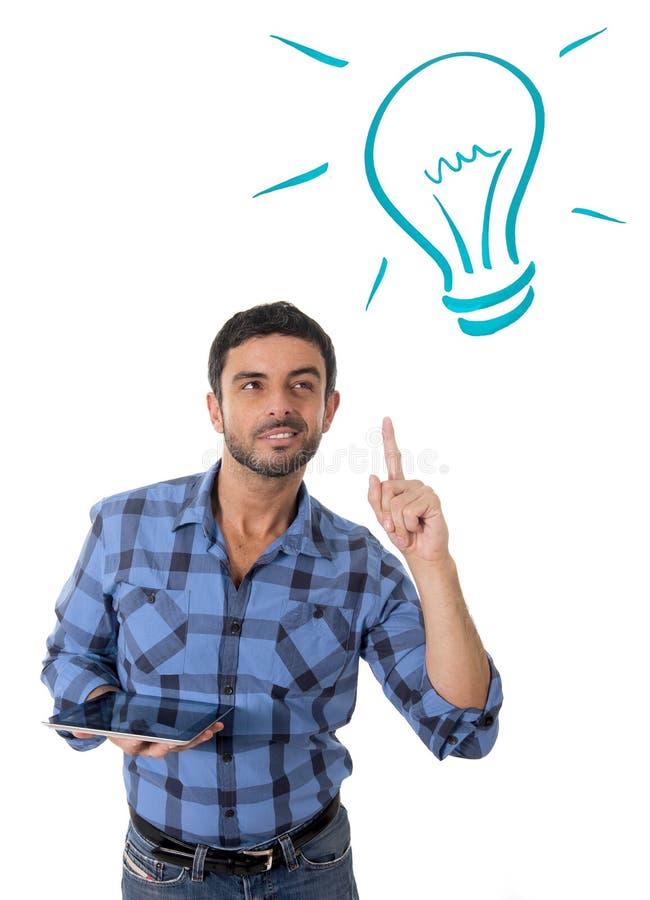 Mann mit neuen Technologien der digitalen Tablette Konzept, Ideen und Lösungen lizenzfreies stockfoto