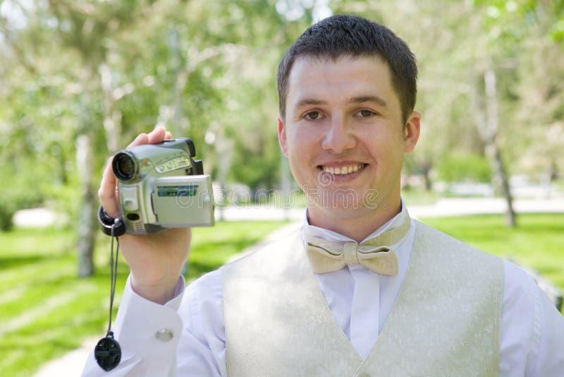 Mann mit Video Kamera lizenzfreies stockfoto