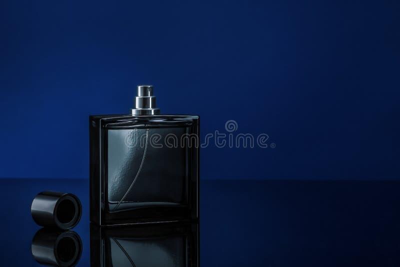 Mann parfume stockbild