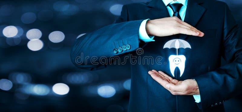Mann schützen Zahn stockbild