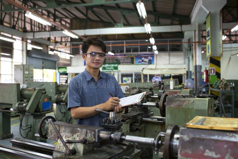 Mann- und Damenarbeitskräfte lizenzfreies stockbild