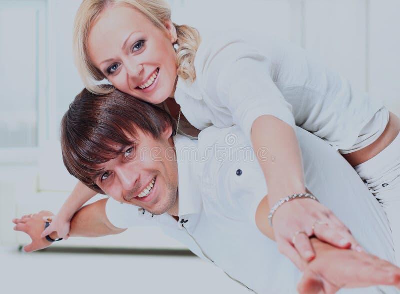Mann und Frau ahmen die Fläche nach stockfoto