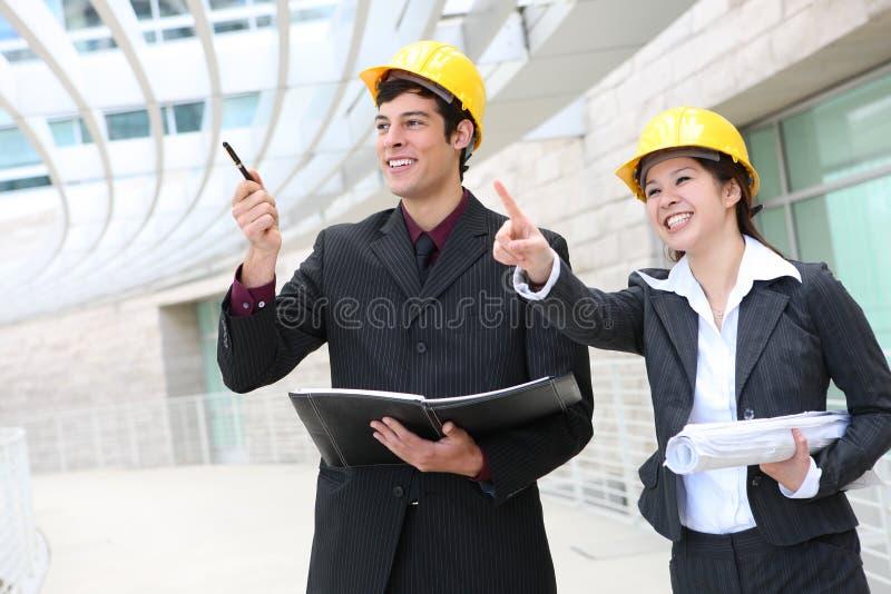 Download Mann-und Frauen-Architekten Stockfoto - Bild von erbauer, manager: 9083312