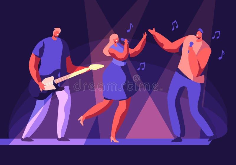 Mann und weibliche K?nstler, die an der Szene mit musikalischer Unterhaltung durchf?hren M?dchen-und Mann-Gesang-Lied, Gitarrist  lizenzfreie abbildung