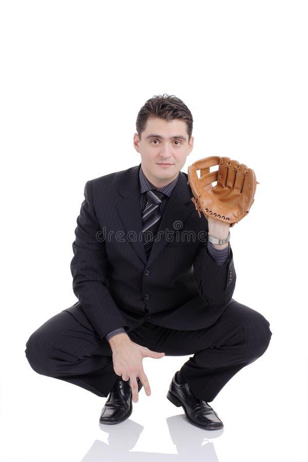 Mann vorbereitet, eine Kugel zu empfangen stockfoto