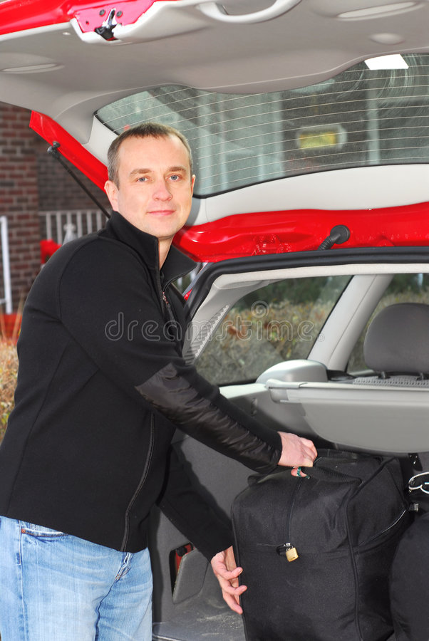Mannautogepäck lizenzfreies stockbild