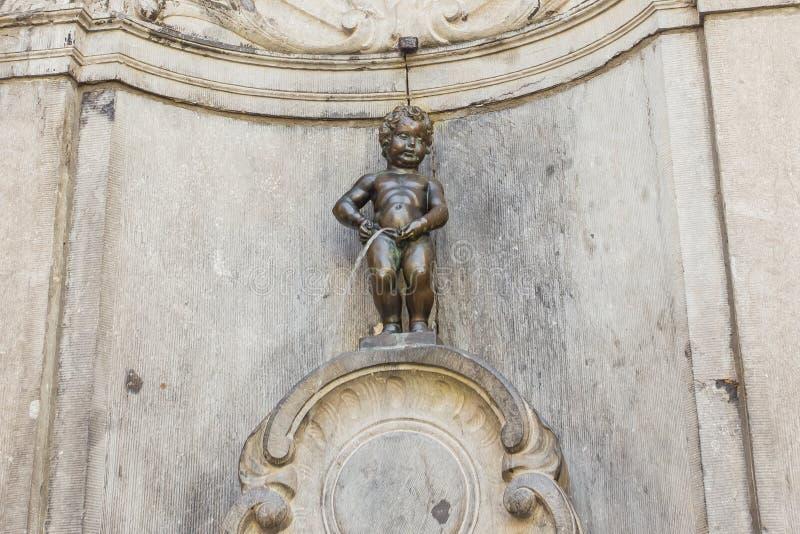 Manneken Pis i Bryssel, Belgien royaltyfri fotografi