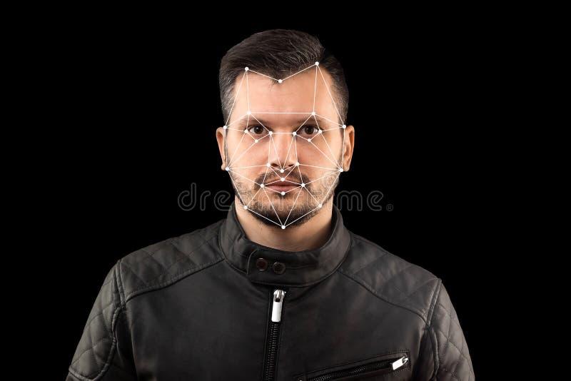 Mannelijk gezicht, Biometrische controle - gezichtserkenning De technologie van gezichtserkenning op wordt veelhoekig net geconst stock foto's