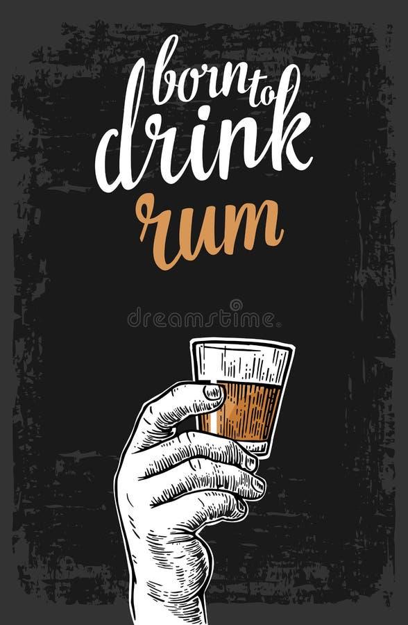Mannelijke hand die een glas met rum houden Uitstekende vectorgravureillustratie voor etiket, affiche, uitnodiging aan partij stock illustratie