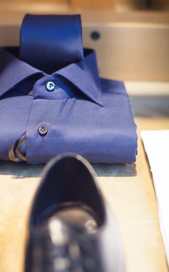 Mannelijke overhemd en stropdas royalty-vrije stock foto