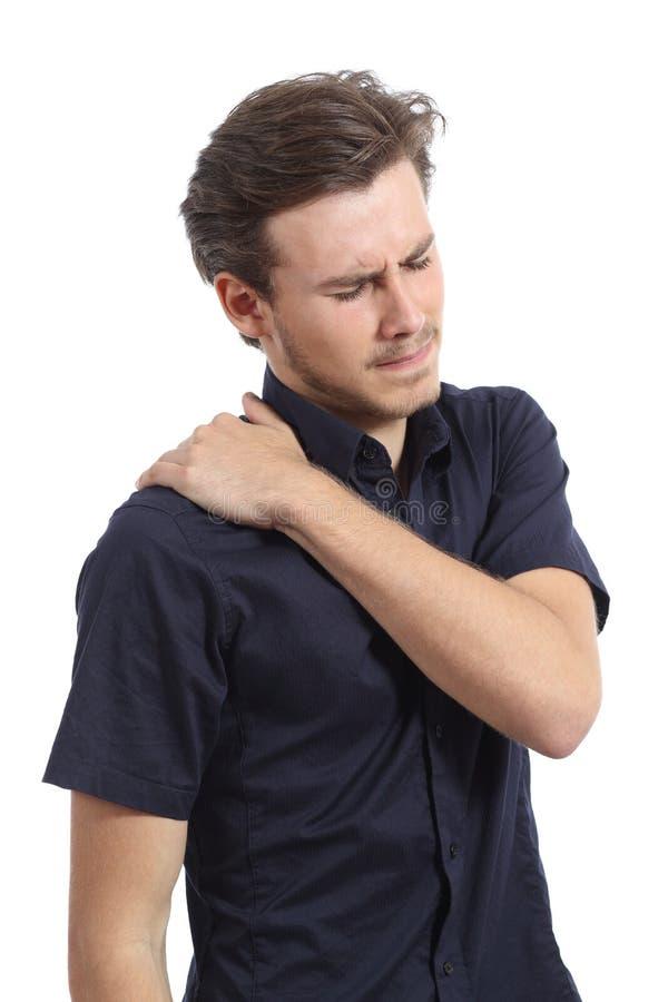 Mannen med skuldran smärtar och att trycka på för hand det royaltyfri bild