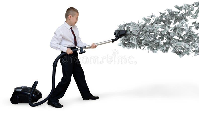 Mannen samlar pengarvakuum royaltyfria foton