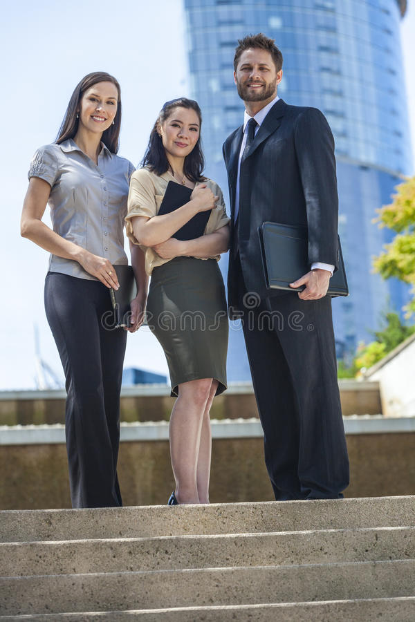 Mannen & Vrouwen Commercieel Team tussen verschillende rassen stock foto