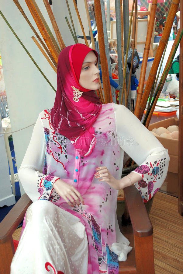 Download Mannequin in baju kurung stock photo. Image of selling - 22568868