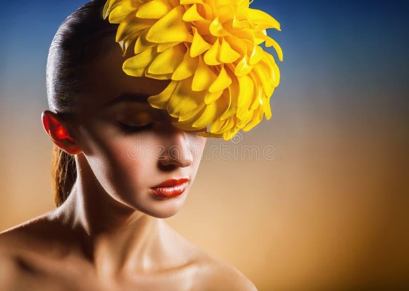 Mannequin in Gouden Kleding royalty-vrije stock afbeelding