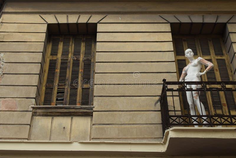 Mannequin lala porzucający dom zdjęcia stock