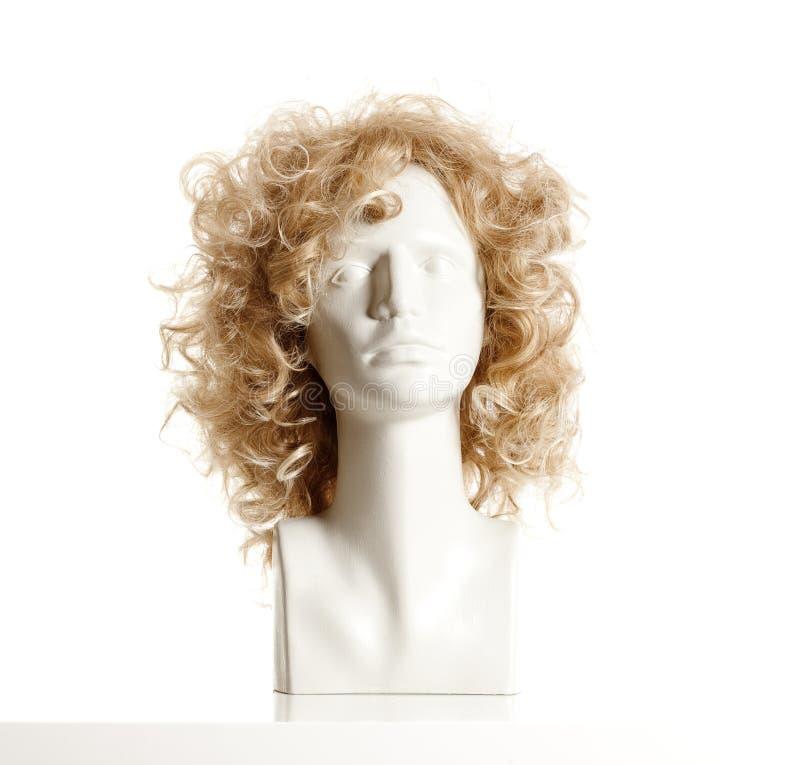 Mannequin-weiblicher Kopf mit Perücke stockfotografie