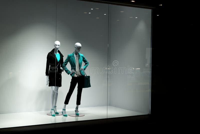 Mannequins patrzeją ludzi fotografia royalty free