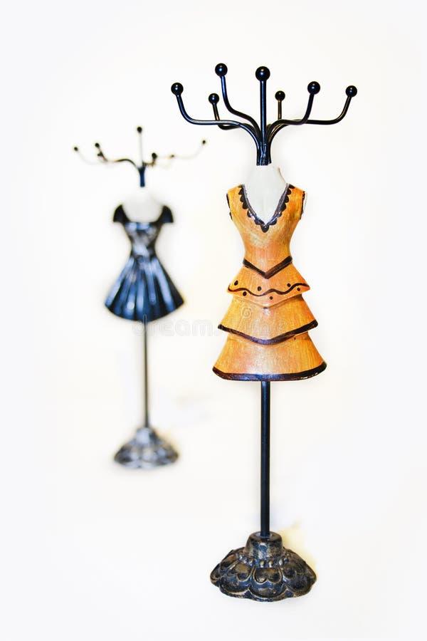 Mannequinschmucksacheaufhängungen stockfotografie