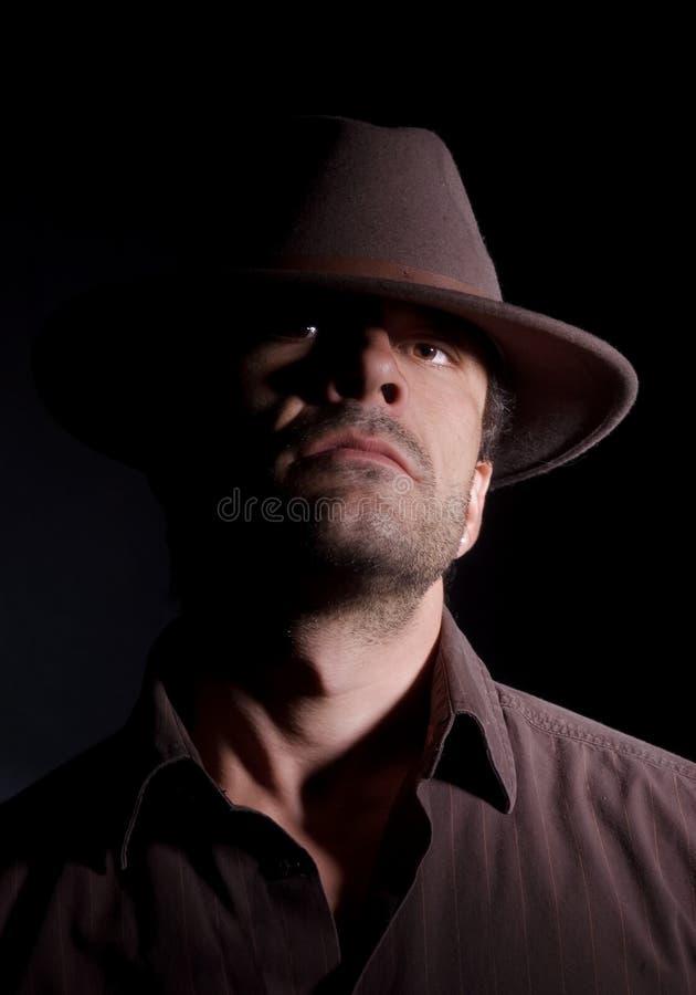 Mannetje met een houding stock fotografie