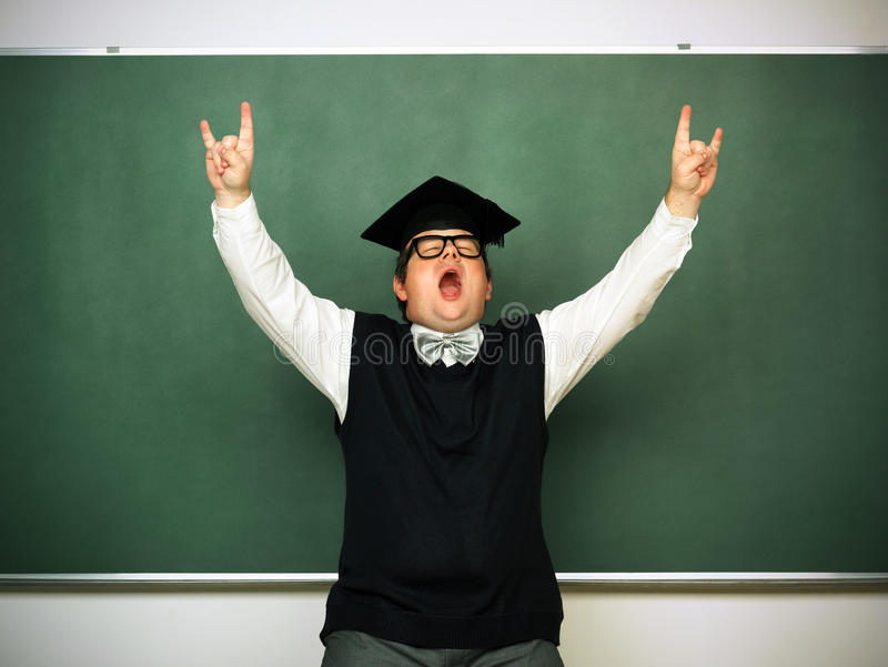 Mannetje nerd in extatische stemming stock afbeelding