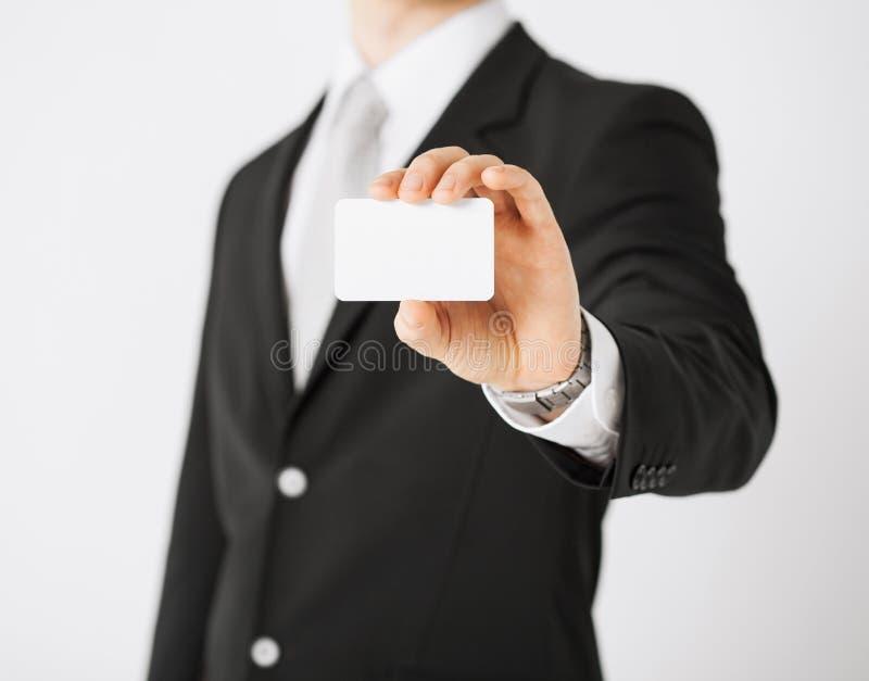 Mannhand mit leerem Papier lizenzfreies stockbild