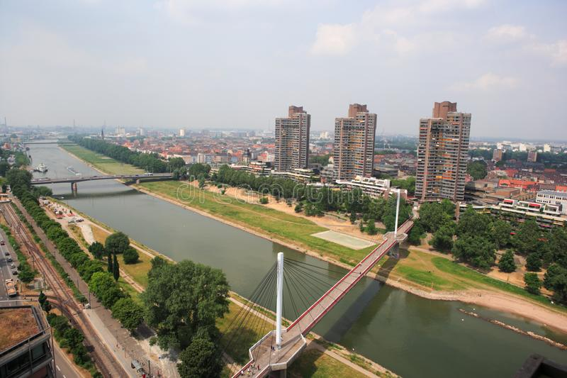 Mannheim, Germania, vista panoramica del fiume Neckar immagini stock libere da diritti
