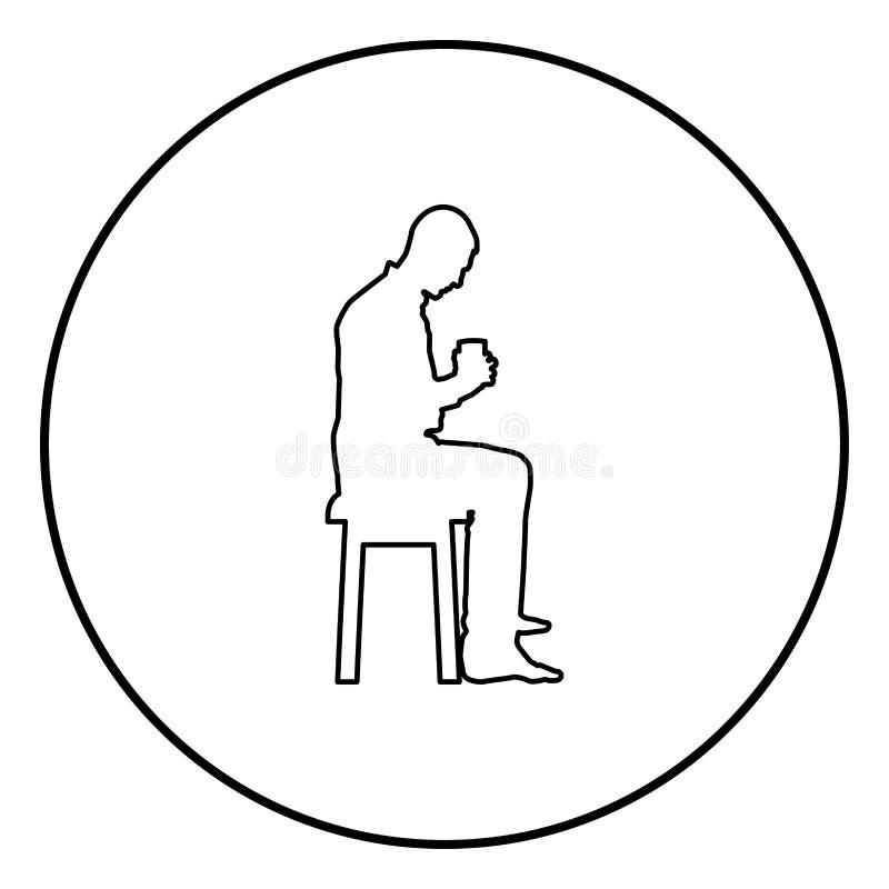 Mannholdingbecher und den Inhalt nach innen betrachten beim Sitzen auf Schemel Konzept des Ruhe- und Ikonenentwurfsschwarzen des  vektor abbildung