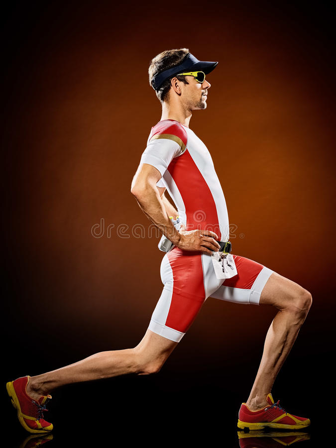 Mannläufer laufendes Triathlon ironman stockbild