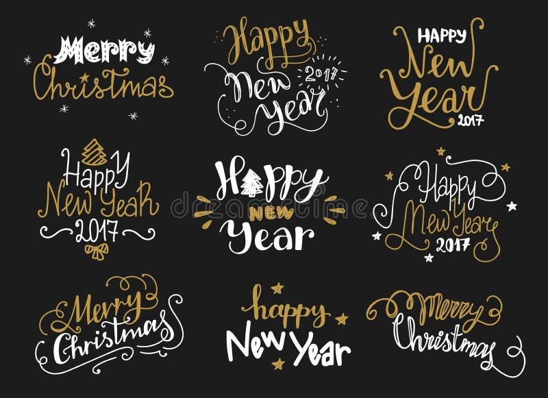 Mano de oro de la Feliz Año Nuevo y de la Feliz Navidad dibujada poniendo letras a etiquetas ilustración del vector