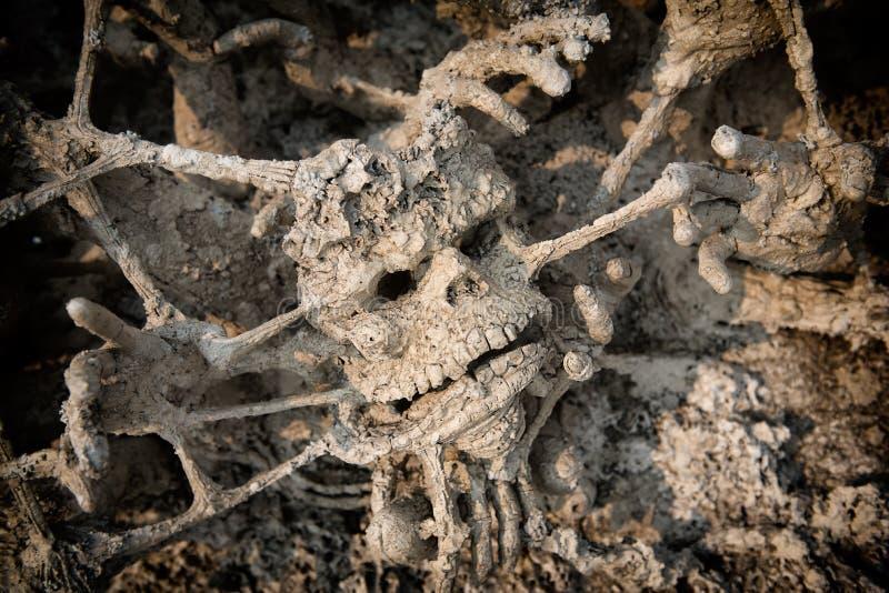 Mano del fantasma, manos sangrientas fondo, maniaco, zombi ha del zombi de la sangre imagen de archivo