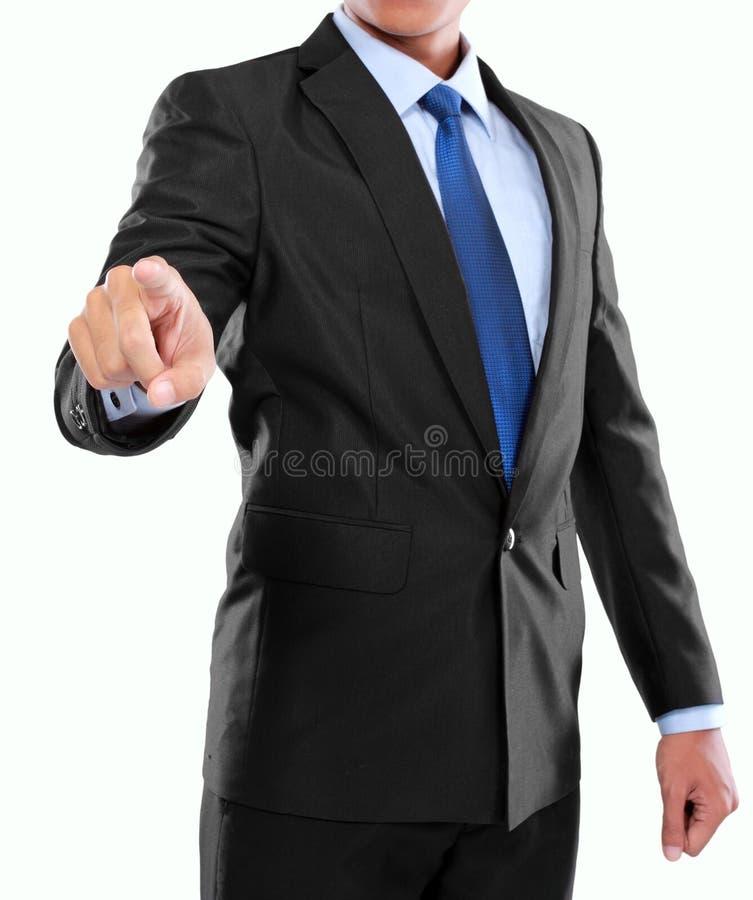 Mano dell'uomo d'affari che spinge schermo virtuale immagine stock