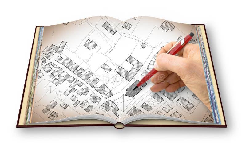 Mano que dibuja un mapa catastral imaginario del territorio con los edificios y los caminos - soy el propietario de los derechos  stock de ilustración