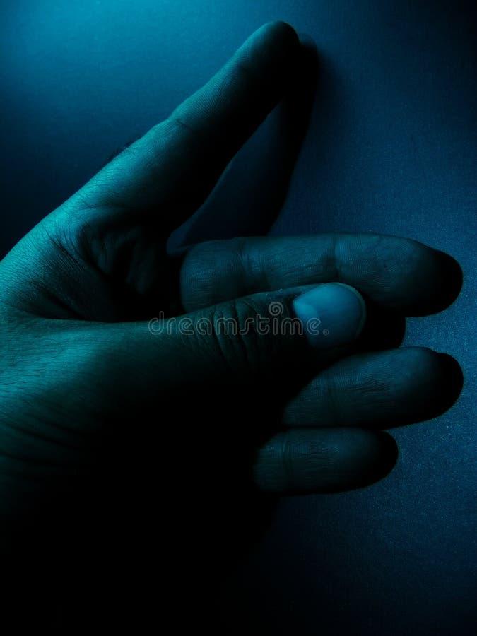Download Mano scura immagine stock. Immagine di nomi, giunto, potenza - 216939