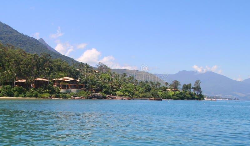 Manoir devant la mer - Ilhabela - Brésil image stock