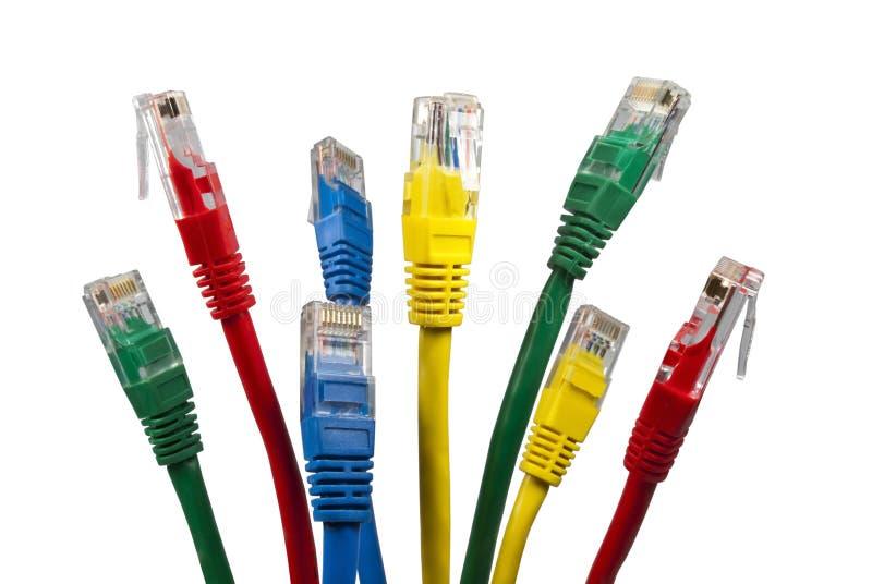Manojo de cables brillantemente coloreados de la red de Ethernet fotografía de archivo