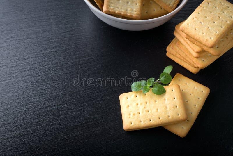 manojo de galletas saladas foto de archivo libre de regalías
