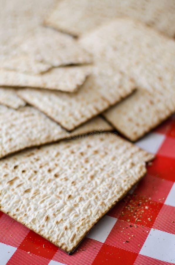 Manojo de matzoth, comida tradicional judía foto de archivo libre de regalías