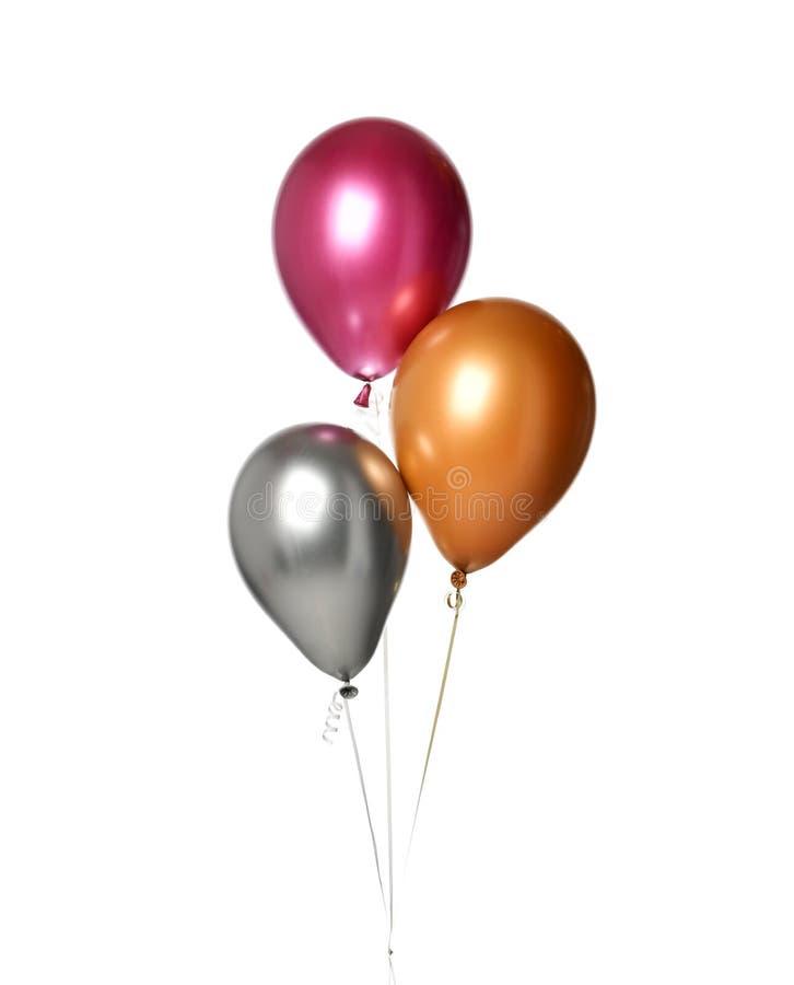 Manojo de objetos púrpuras grandes de los globos del látex de la plata y del oro para la fiesta de cumpleaños aislada en un blanc imagenes de archivo