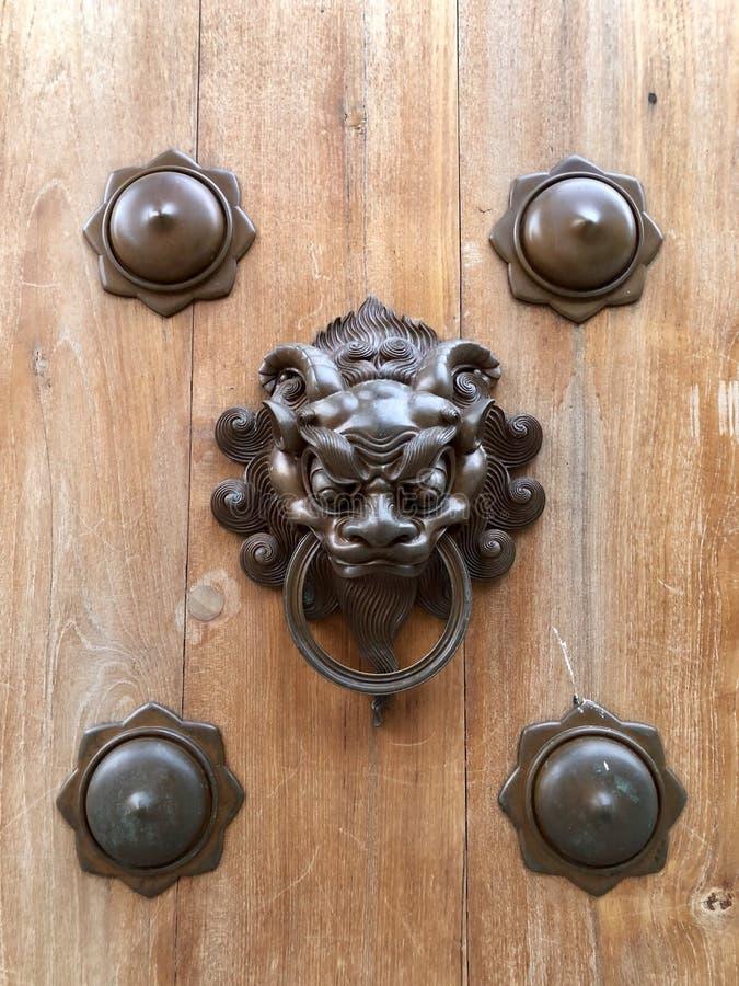 Manopola di porta tradizionale immagine stock