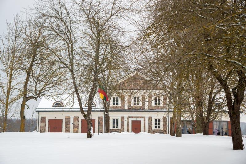 Manor Paliesiaus Dvaras in Litouwen royalty-vrije stock afbeeldingen